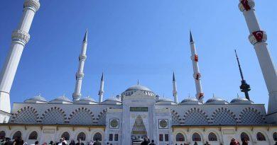 Najveća džamija u Turskoj džamija Camlica