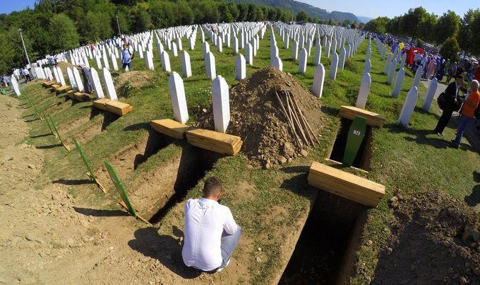 Godina bez presuda za genocid u Srebrenici: Ranije osuđeno 47 osoba na više od 700 godina zatvora!