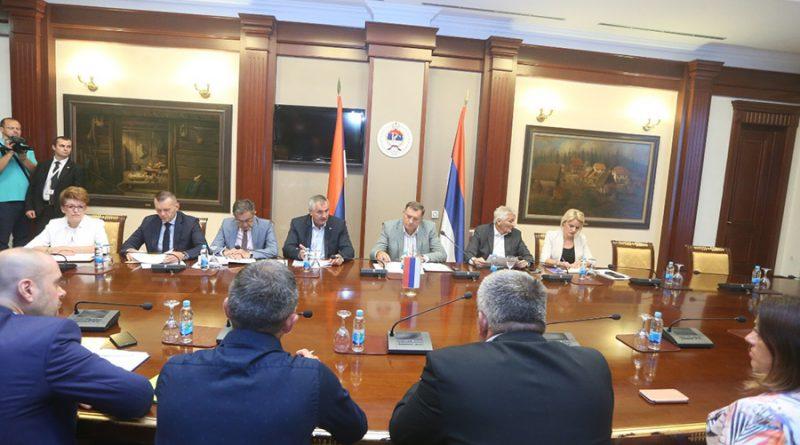 Dodik sa predstavnicima Srba iz FBiH: Dogovorene mjere pomoći