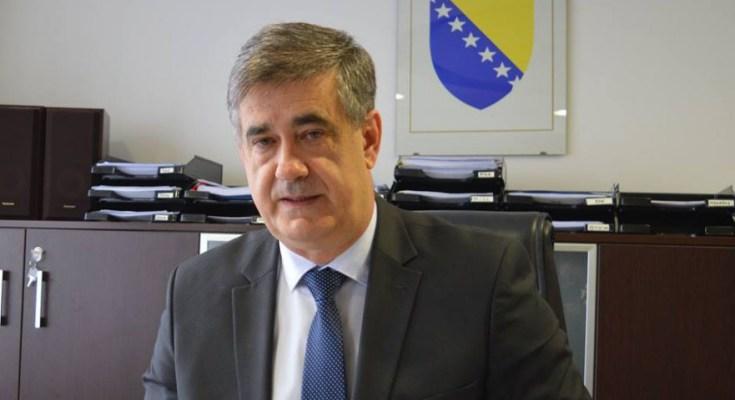 Gradonačelnik Bihaća očajnički poziva: Dogorjelo nam je do nokata, migrantska kriza eskalira