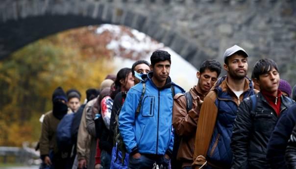 Slikovni rezultat za migranti
