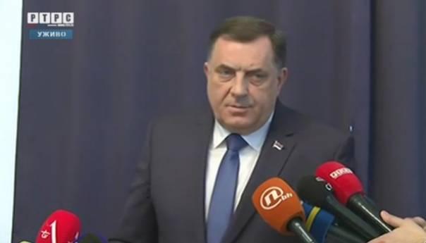 Dodik: Preglasan sam, Komšić treba da podnese ostavku
